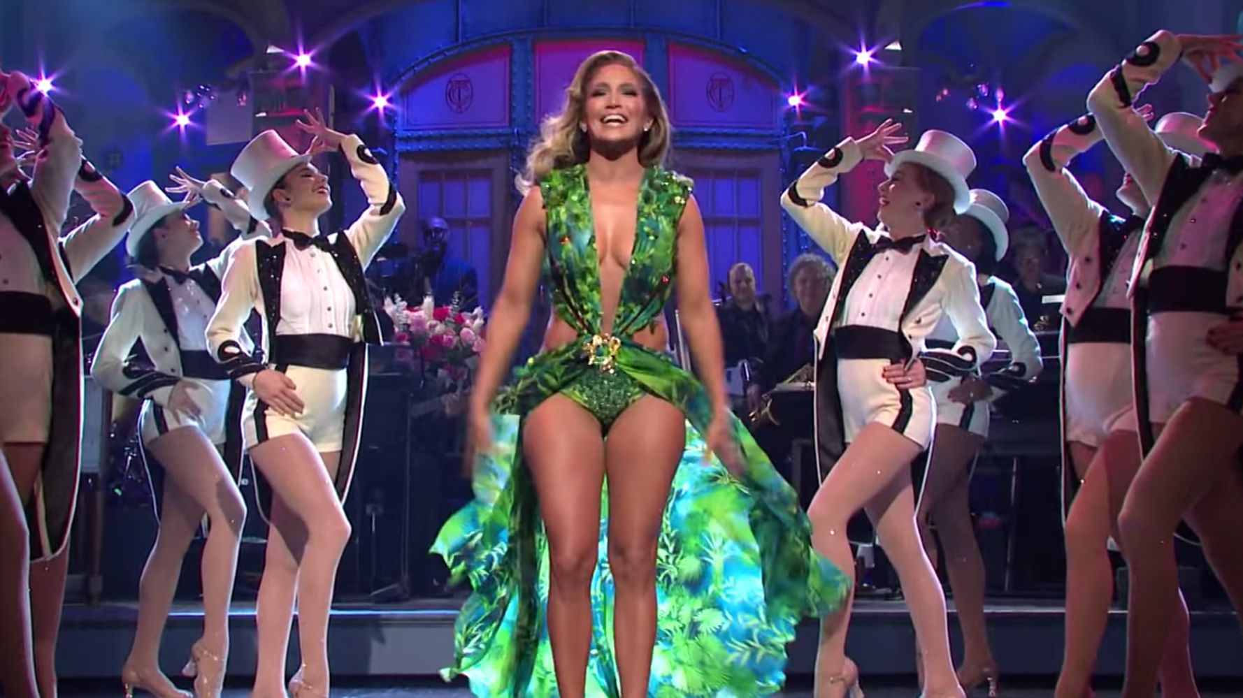 Jennifer Lopez Brings Back That Iconic Green Dress, Heads Explode On 'SNL'