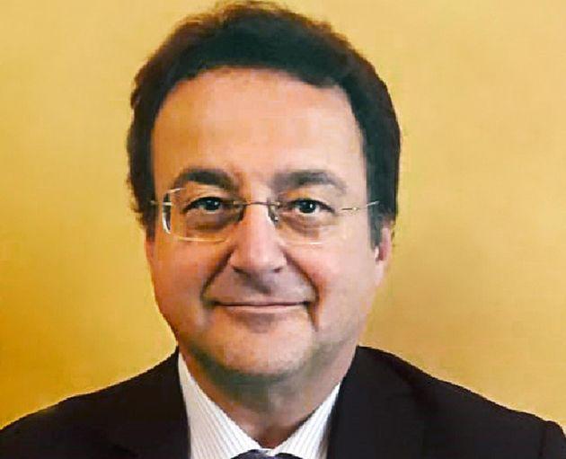 Il neo commissario di Alitalia parte con il taglio dei costi