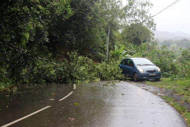 Le cyclone Belna est finalement passé au large de