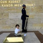 Τσενγκίζ Ακτάρ: Το βίαιο παρελθόν της Τουρκίας εξηγεί το παρόν και το μέλλον