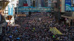 740만 홍콩에서 80만 인파가 평화 시위를 위해 거리로