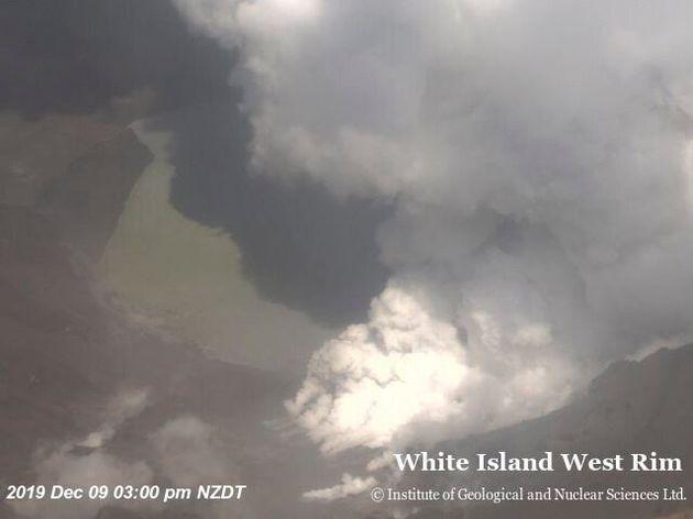 Εκρηξη ηφαιστείου στη Νέα Ζηλανδία και πολλά ερωτήματα - Νεκροί, τραυματίες και