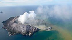 Εκρηξη ηφαιστείου στη Νέα Ζηλανδία και πολλά ερωτήματα - 5 νεκροί, τραυματίες και