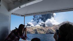뉴질랜드 화이트섬에서 화산이 폭발해 사상자가