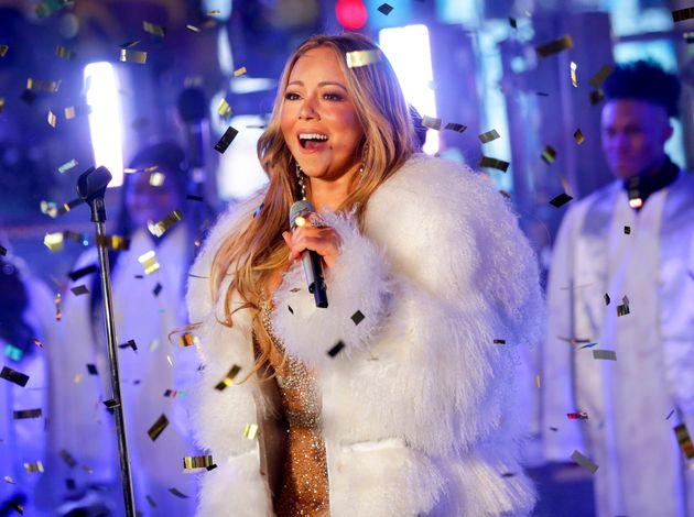 Mariah Carey, el 31 de diciembre de 2017, actuando en la fiesta de Año Nuevo de Times Square,...
