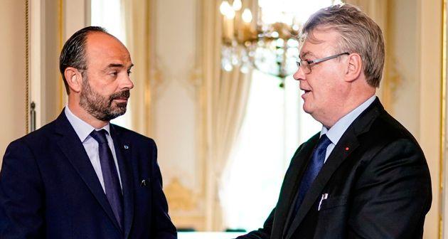 Jean-Paul Delevoye continue d'avoir le soutien plein et entier du premier ministre Édouard
