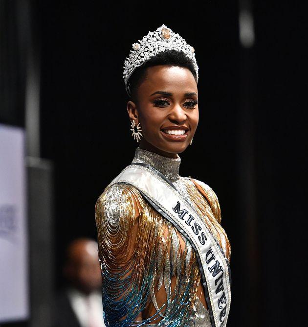 Il discorso di Miss Universo sulla forza delle donne ha ricevuto una standing