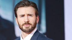 """""""Abascal, te ha salido un duro competidor"""": la llamativa camiseta con la que Chris Evans ('Capitán América') ha enloquecido"""