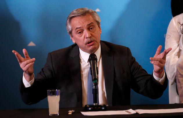 Ala mais ideológica do governo Bolsonaro rechaça uma aproximação com Fernández...