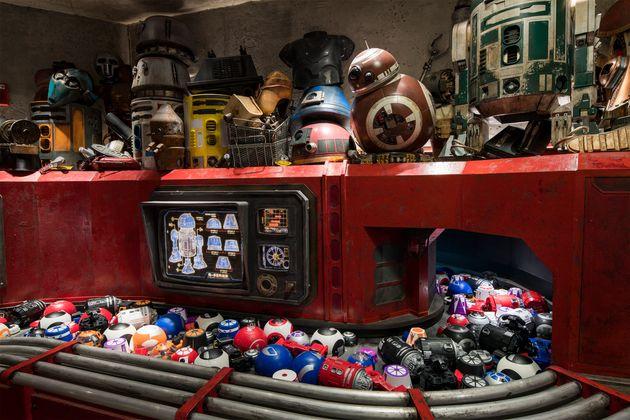 Na esteira do Droid Depot, você pode escolher entre diversas peças para montar seu