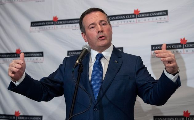 Jason Kenney speaks with reporters on Dec. 9, 2019 in
