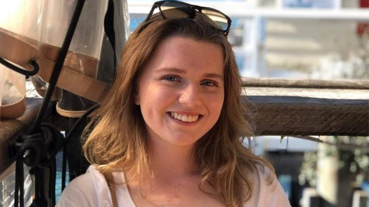 Amy Lamont is a 17-year-old who will be speaking at the climate emergency rally in Sydney on Wednesday.