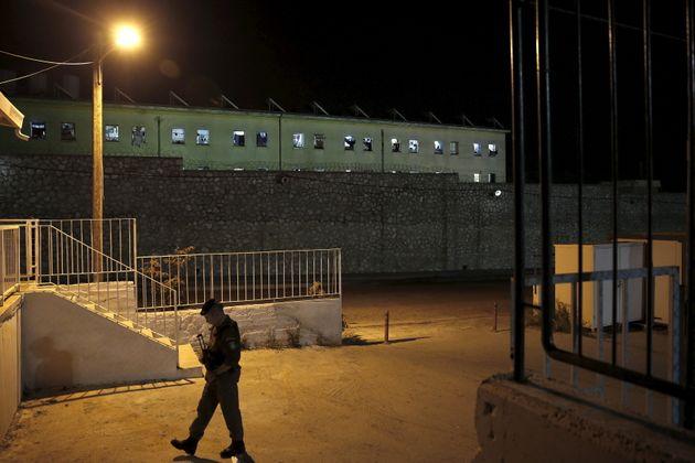 Το σχέδιο για τις φυλακές: Οι απειλές και ο εμπρησμός - Το 2023 έτοιμος ο «νέος