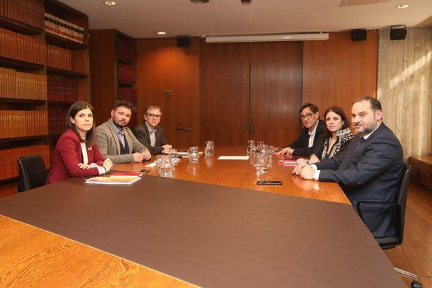 PSOE y ERC, reunidos en Barcelona para abordar la