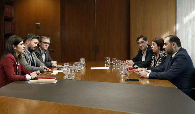 Reunión entre el PSOE y ERC en