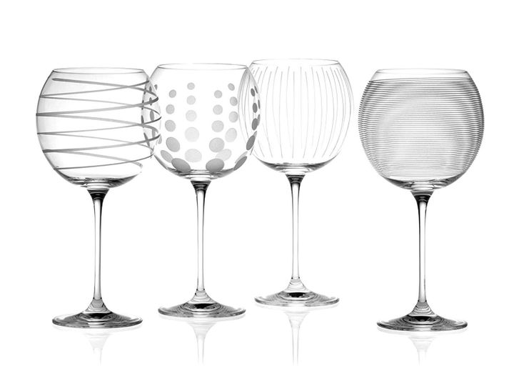 """<a href=""""https://fave.co/346e0gS"""" target=""""_blank"""" rel=""""noopener noreferrer"""">Mikasa Cheers Set of 4 Crystal Balloon Gin Glasses, Amazon,</a> &pound;18.83&nbsp;&nbsp;"""