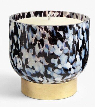 """<a href=""""https://fave.co/2Rz8f8N"""" target=""""_blank"""" rel=""""noopener noreferrer"""">Large Bowl Glass Scented Candle, John Lewis,</a> &pound;40"""