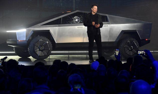Elon Musk lors de la présentation de son