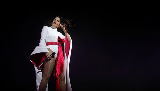 La Rosalía más poderosa hipnotiza al público