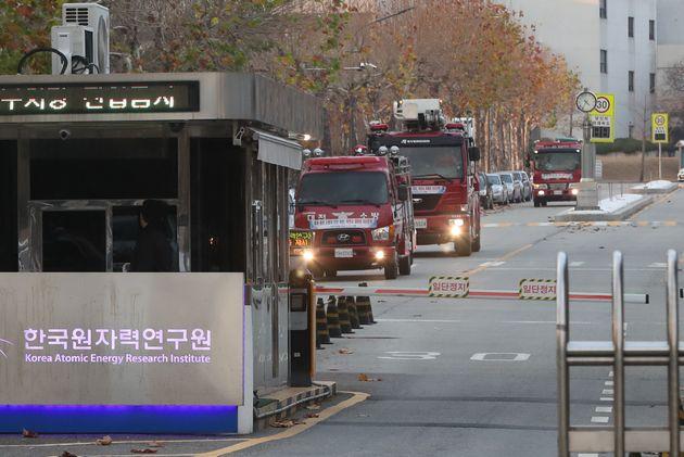 지난 2018년 11월 19일 오후 2시28분께 대전 유성구 소재 한국원자력연구원 실험실에서 불이 나 소방차량이 출동하는
