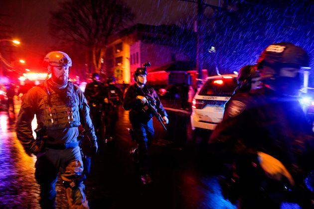 ΗΠΑ: Έξι νεκροί σε ανταλλαγή πυρών μεταξύ αστυνομίας και ενόπλων στο Τζέρσεϊ