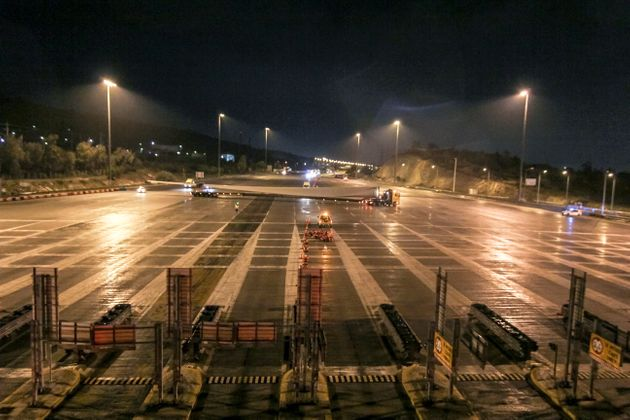 Ολυμπία οδός: Μεγάλη επιχείρηση μεταφοράς πτερυγίων