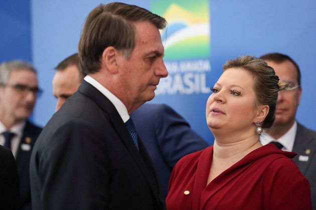 Hoje rival de Bolsonaro, Joice Hasselmann chegou a ser líder do governo no