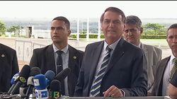 Jair Bolsonaro llama