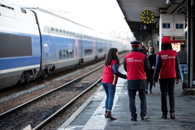 Comme le 8 décembre, gare de Lyon à Paris, le trafic SNCF pourrait être très...