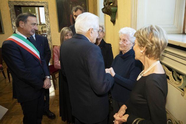 Il presidente della Repubblica incontra le vedove Calabresi e Pinelli. In foto anche il sindaco di Milano...