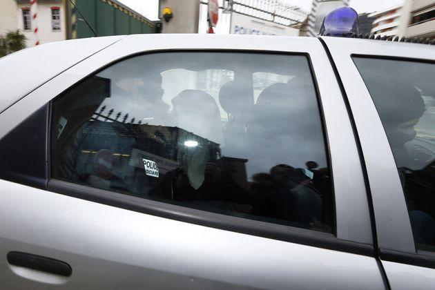 Moussa Coulibaly, ici quittant le commissariat de Nice dans un véhicule de police le 5 février