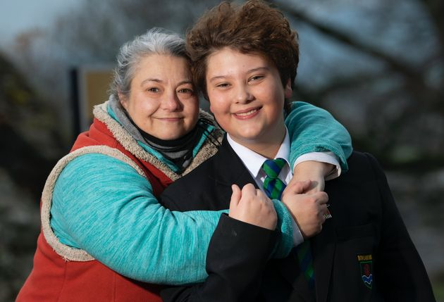 Joe Shatford e sua mãe, Ava