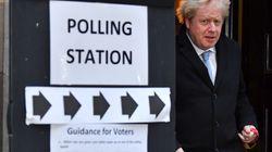 Les conservateurs de Johnson obtiennent la majorité absolue au Parlement