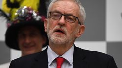 Sur un siège éjectable, Corbyn rejette les appels à la démission
