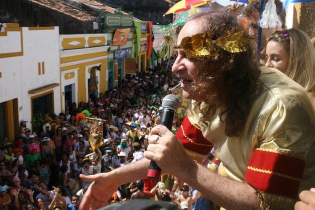 Alceu Valença se apresenta no tradicional Carnaval de
