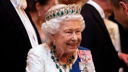 La reine d'Angleterre cherche un CM, vous pouvez postuler sur