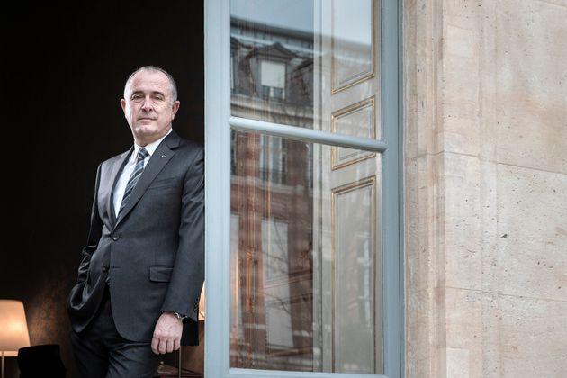 Le ministre de l'Agriculture Didier Guillaume dans son bureau à Paris, le 8 janvier