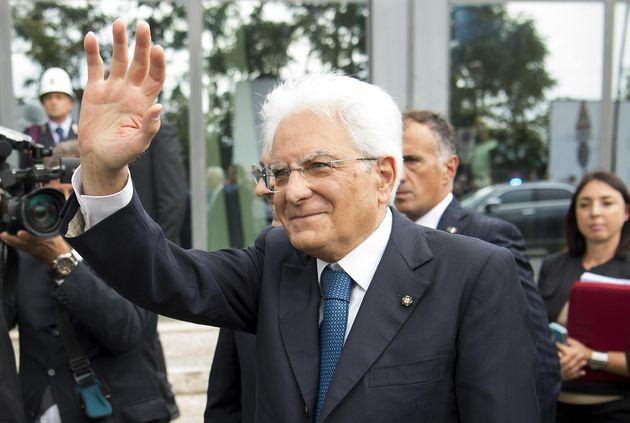 """Mattarella guida esemplare, nelle sue mani la """"Lampada"""