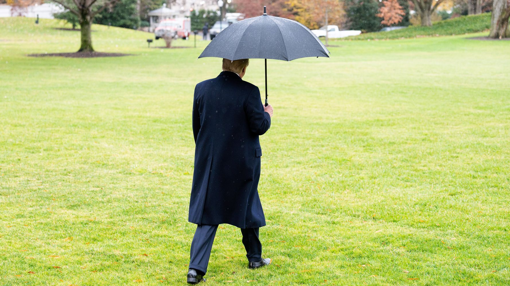 Donald Trump Is The Loneliest Man In America