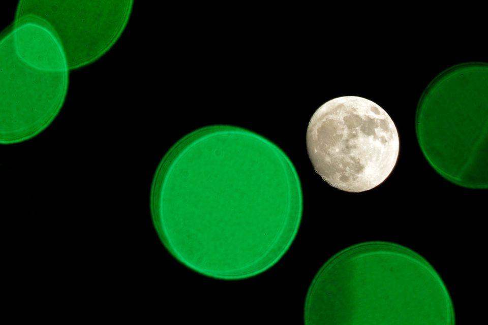 Το φεγγάρι όπως φαίνεται...