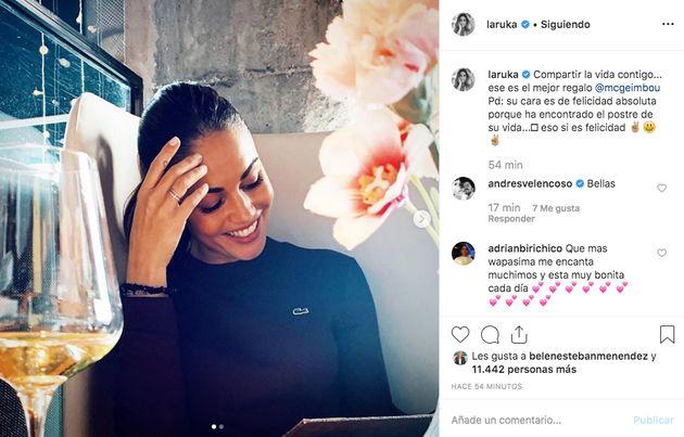 Comentario de Andrés Velencoso a Lara Álvarez en