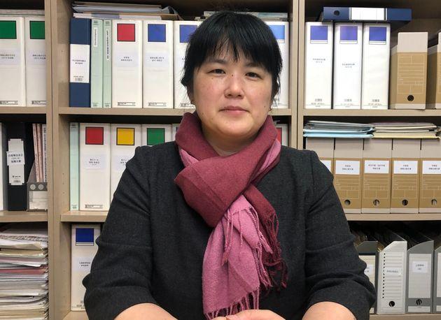 情報公開クリアリングハウス理事長 三木由希子さん=2019年12月、東京都新宿区