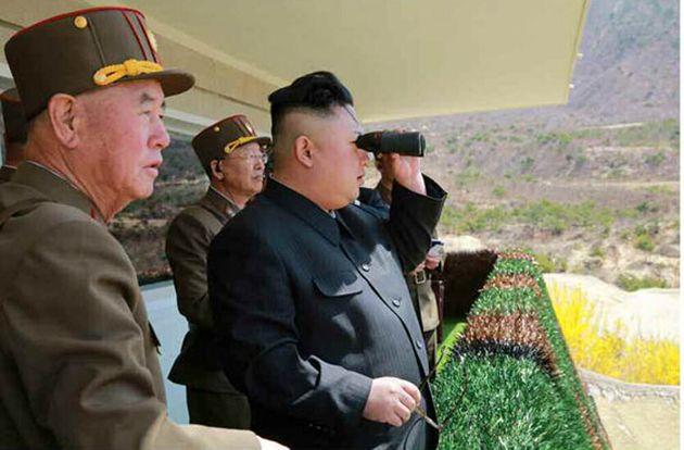 北 남포 미사일 발사대에서