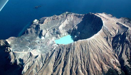 Δώδεκα ενεργά ηφαίστεια σε όλο τον κόσμο που μπορεί να εκραγούν ανά πάσα