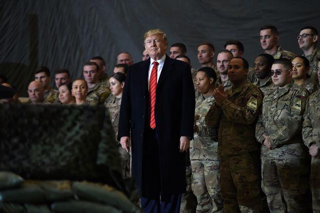 À Thanksgiving, Donald Trump avait rendu une visite surprise aux soldats américains stationnés...