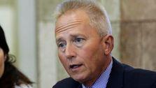 5 Pembantu Demokrat Rep. Jeff Van Drew Mengundurkan Diri Ke Depan Partainya Beralih