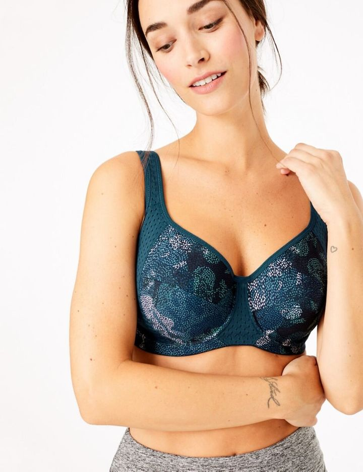 """<a href=""""https://fave.co/2RSq2rE"""" target=""""_blank"""" rel=""""noopener noreferrer"""">2 Pack High Impact Non-Padded Sports Bras (Cups A-F), Marks and Spencer, </a>&pound;29.50&nbsp;"""