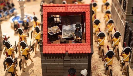 Clases de historia con Playmobil: la exposición de los clicks que te lleva del Antiguo Egipto a la