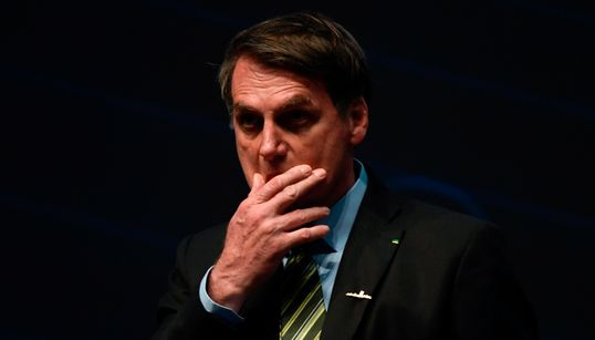 País escorrega para autoritarismo, com complacência do Judiciário, diz Sérgio