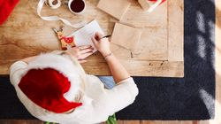 Sending Just 1 Holiday Card Can Make You Feel Less